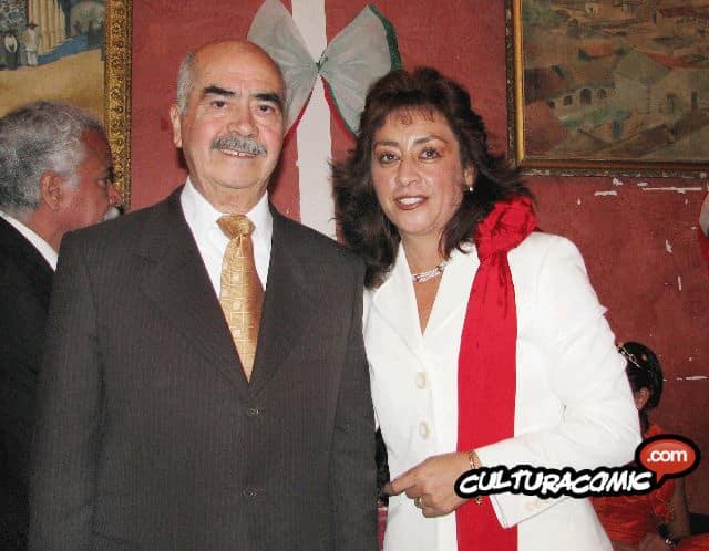 Sixto Valencia y Sylvia López González, alcaldesa de Villa de Tezontepec