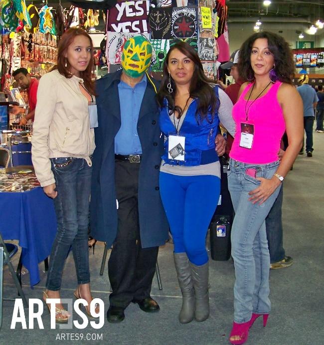 Foto de Familia, Fishman con sus bellas hijas en Lucha Libre La Experiencia./Photo By Jess
