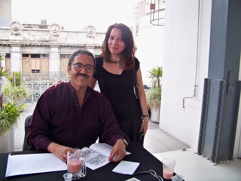 René Del Valle, también dió muchos autógrafos, aquí con Cecilia Pego./A9