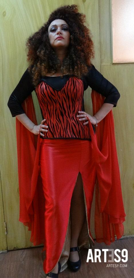 Gicela Sehedi./Joven maestra teatral.