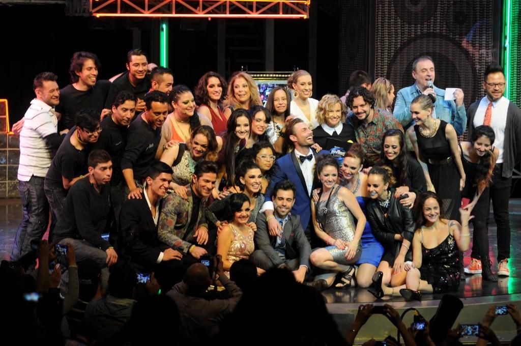 """Ex Flans y compañía completa de """"Mentiras""""./Photo Cortesia Mejor Teatro."""