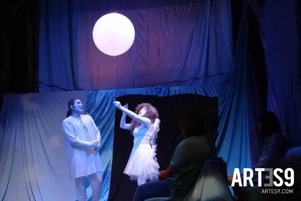 Viaje a la luna Teatro / Photo by Maira Mayola