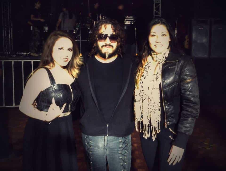 Previo al concierto, Anna Fiori, Salvador Moreno y Esthíbaliz Bathory./ Photo Cortesía de Melphomene