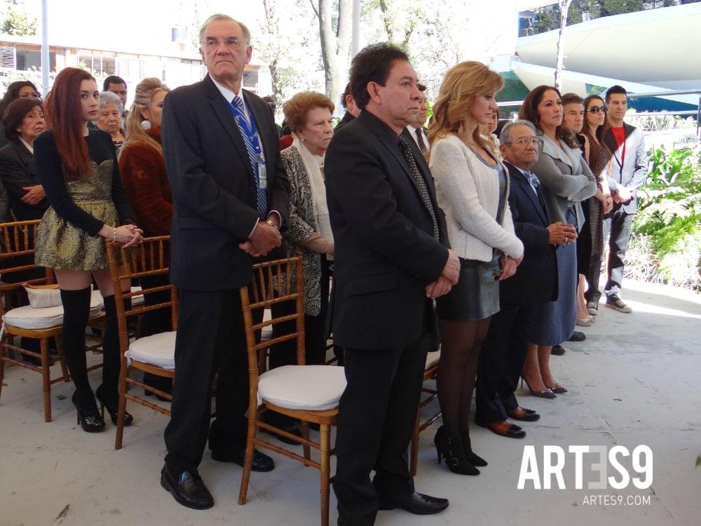 Armando Manzanero encabezó los festejos de la SACM.