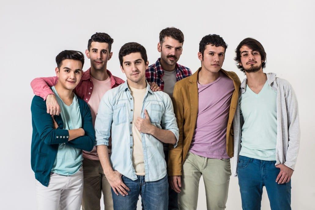 Los Saviñón, seis extraordinarias voces, interpretarán pop a capella