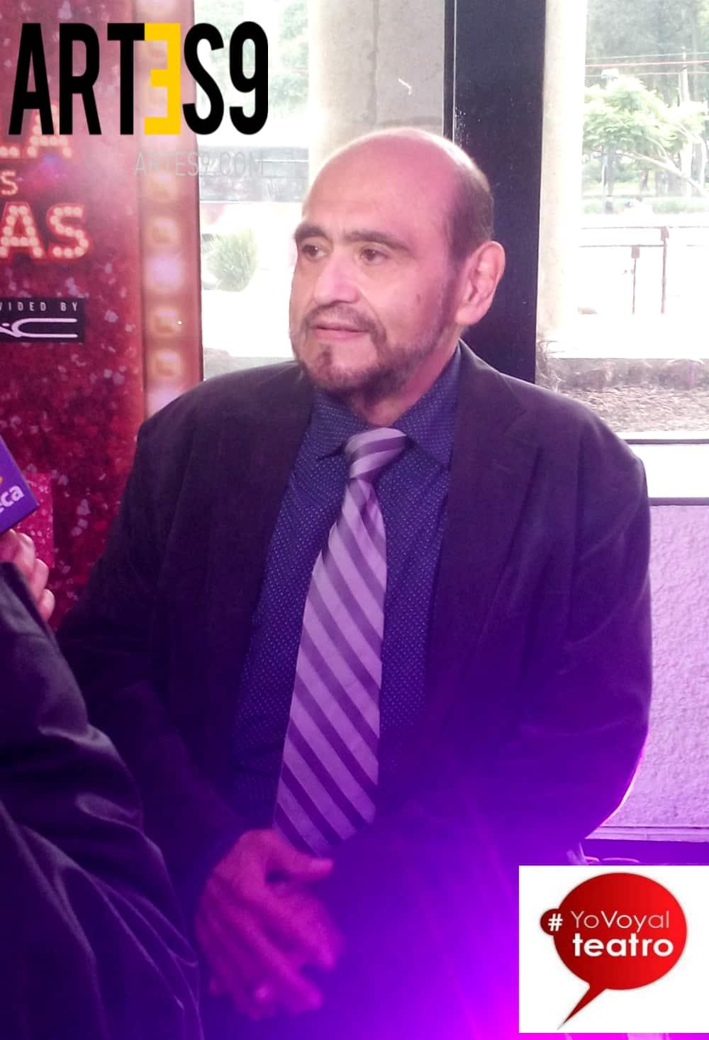 Edgar Vívar, padrino de las 300 representaciones La Jaula de las Locas